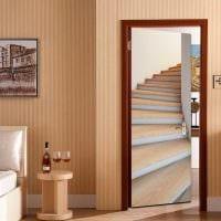 необычное оформление входных дверей своими руками фото