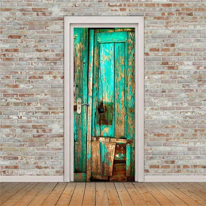 оригинальное декорирование входных дверей подручными материалами