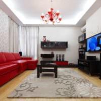 комбинирование светлых обоев в декоре гостиной комнаты фото