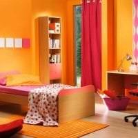 сочетание светлого оранжевого в интерьере дома с другими цветами фото