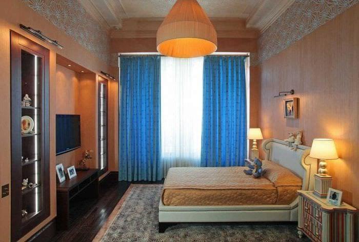 сочетание темного оранжевого в дизайне комнаты с другими цветами
