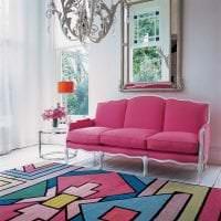 сочетание темного розового в стиле квартиры с другими цветами фото