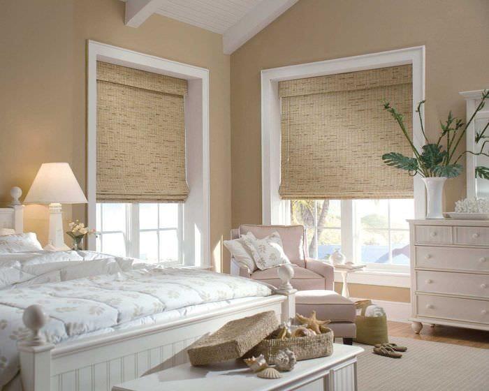 сочетание светлых оттенков в декоре спальни