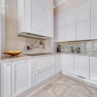 сочетание ярких оттенков в интерьере кухни картинка