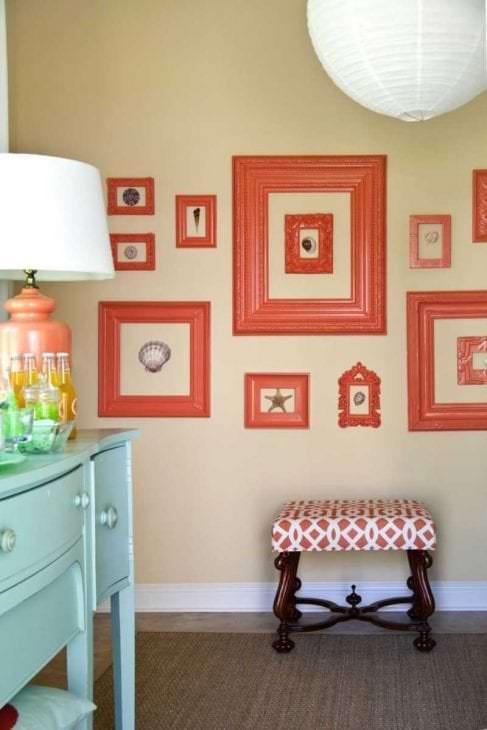 сочетание темного оранжевого в декоре комнаты с другими цветами