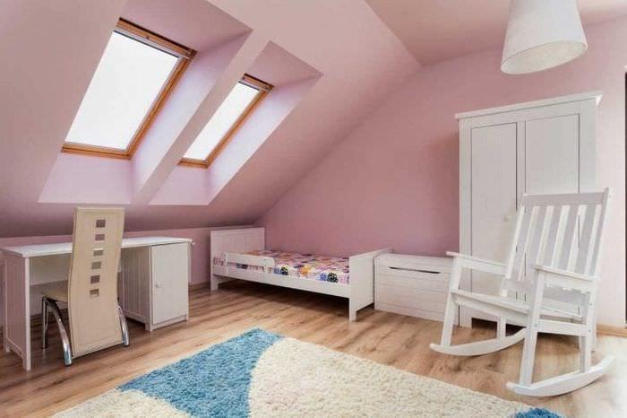 сочетание темного розового в стиле комнаты с другими цветами