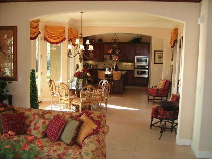 красивый дизайн гостиной в средиземноморском стиле