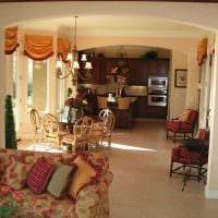 яркий декор комнаты в средиземноморском стиле фото