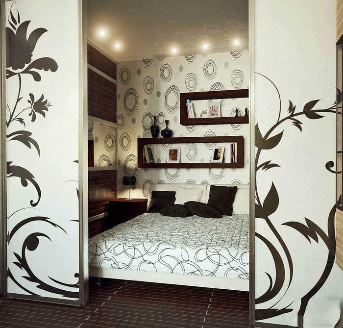 необычный стиль спальной комнаты