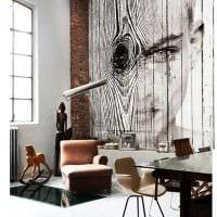 оригинальный дизайн квартиры со спилами дерева фото