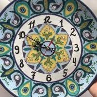 вариант красивого декора настенных часов своими руками картинка