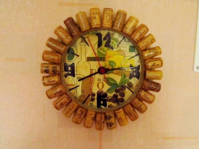 вариант красивого украшения часов своими руками