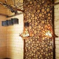 вариант оригинального декора помещения деревом своими руками фото