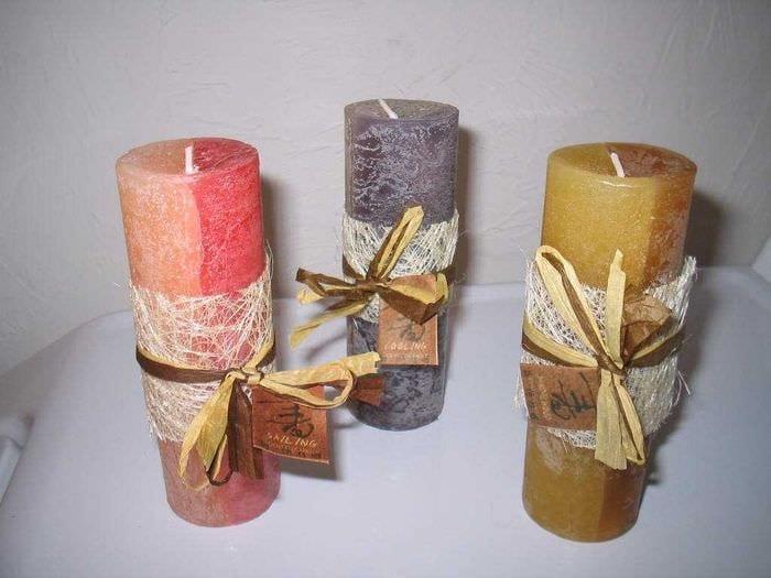 идея красивого декорирования свечек своими руками