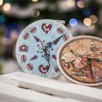 идея красивого декора часов своими руками фото