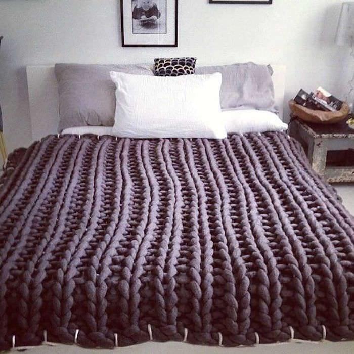 вязанные накидки в стиле комнаты