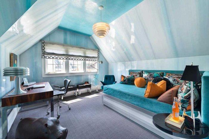 оригинальный дизайн спальни в голубом цвете