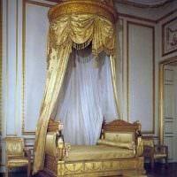 оригинальный декор гостиной в стиле ампир картинка