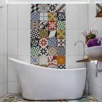 светлый декор гостиной в средиземноморском стиле картинка