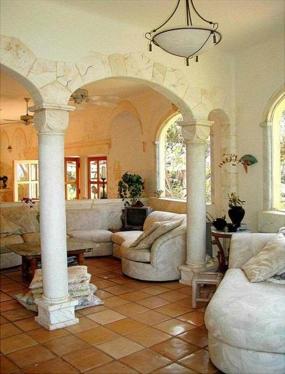 красивый интерьер дома в греческом стиле