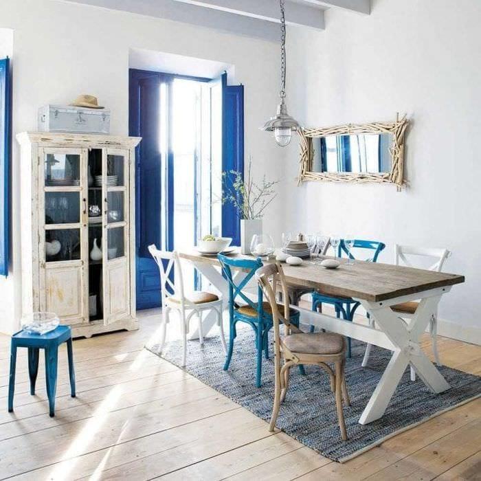 яркий стиль гостиной в греческом стиле