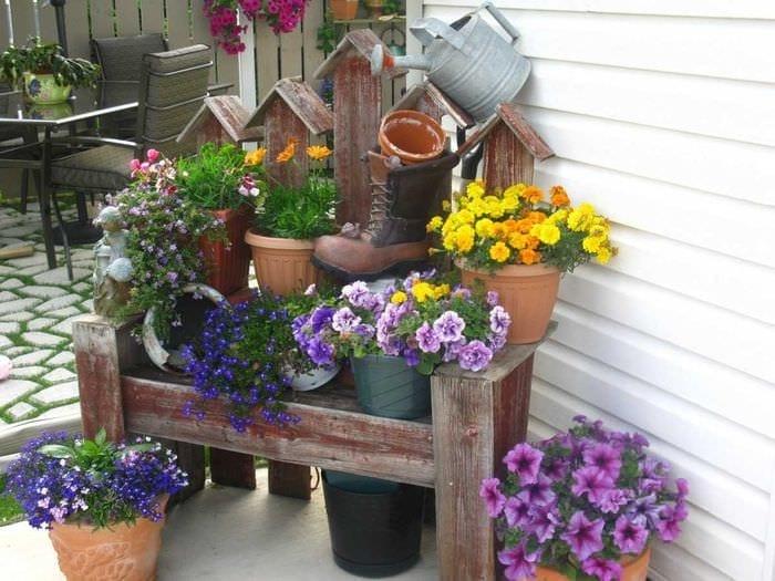 интересное украшение сада своими руками