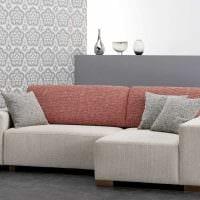 идея необычного дизайна комнаты с диваном картинка