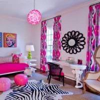 идея яркого дизайна спальни для девочки картинка