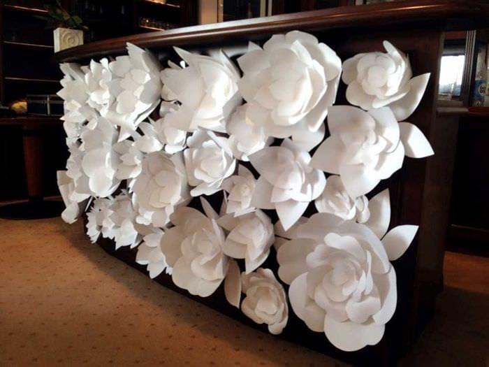 вариант красивого декорирования интерьера своими руками