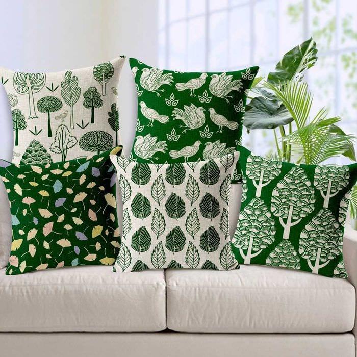 идея оригинальных декоративных подушек в дизайне гостиной
