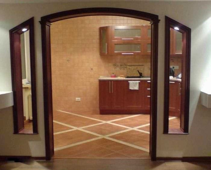 вариант красивого дизайна гостиной с аркой