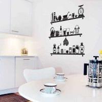 идея необычного интерьера комнаты с декоративным рисунком на стене картинка
