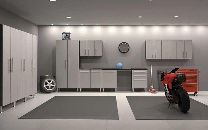 вариант функционального интерьера гаража