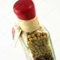 вариант стильного декорирования бутылок красками фото