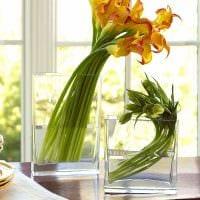 идея яркого декорирования напольной вазы фото