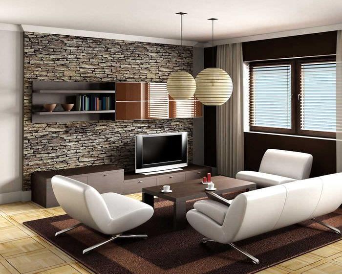 вариант красивого украшения стен в гостиной