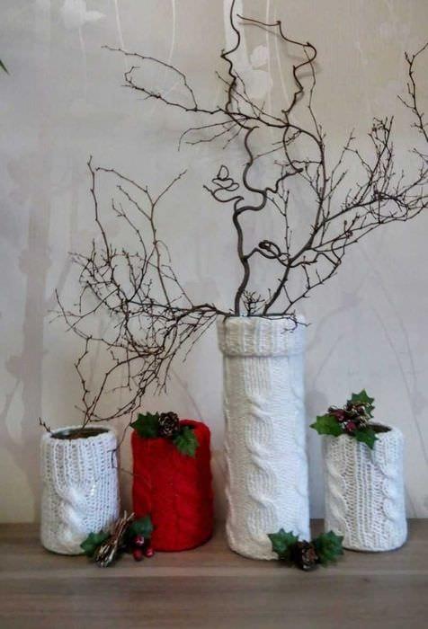 вариант яркого декорирования напольной вазы