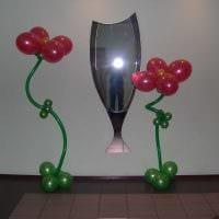 вариант праздничного украшения интерьера к 8 марта картинка