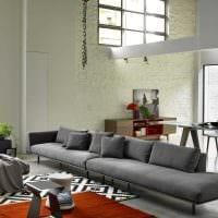 вариант современного декора комнаты с диваном фото