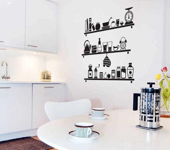 идея оригинального дизайна комнаты с декоративным рисунком на стене