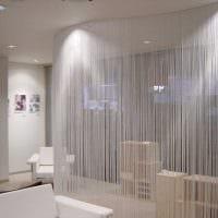вариант красивых декоративных штор в стиле квартиры фото