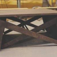 идея росписи стола подручными материалами фото
