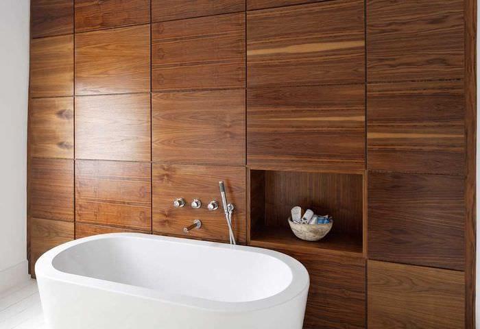вариант красивого дерева в дизайне квартиры