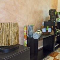 вариант необычной декоративной штукатурки в интерьере квартиры картинка
