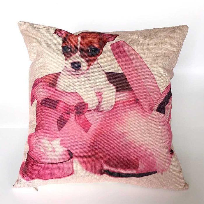 идея необычных декоративных подушек в дизайне гостиной