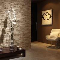 вариант необычного декоративного камня в интерьере квартиры картинка