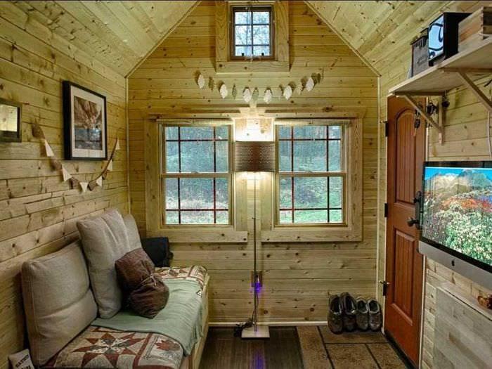 вариант оригинального стиля дома в деревне