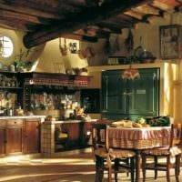 идея оригинального интерьера кухни с декоративными балками картинка