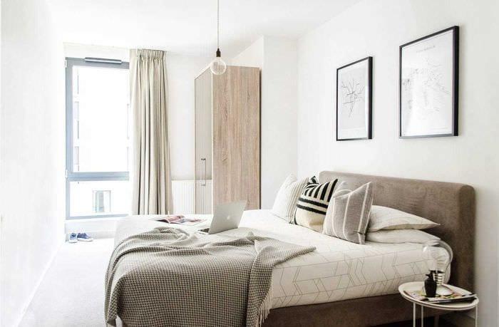 вариант красивого декорирования дизайна спальной комнаты