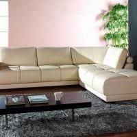 идея современного интерьера спальни с диваном картинка